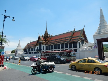 mythoughtson-thailand-traffic (1)