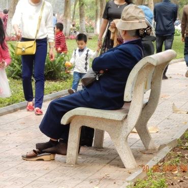 vietnam-hanoi-hoankiemlake-1