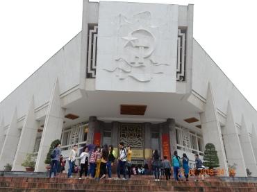 vietnam-hanoi-hochiminhmuseum