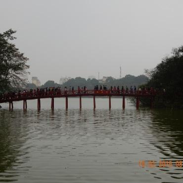 vietnam-hanoi-ngocsontemple-1
