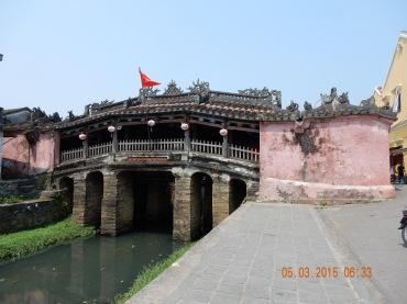 vietnam-hoian-japanesebridge
