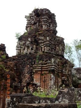 vietnam-hoian-mysontemple-2