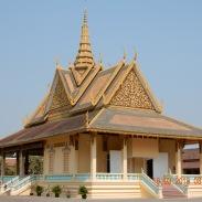 cambodia-phnompenh-royalpalace-1