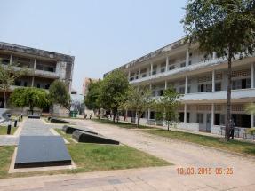 cambodia-phnompenh-tuolsleng-3