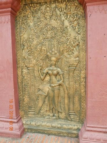 cambodia-phnompenh-watphnom-1