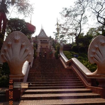cambodia-phnompenh-watphnom-2