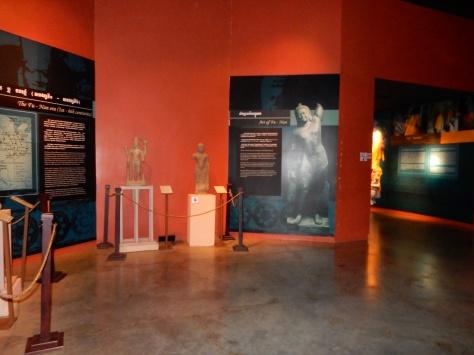 cambodia-siemreap-angkormuseum-1
