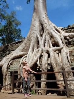 cambodia-siemreap-taprohm-1