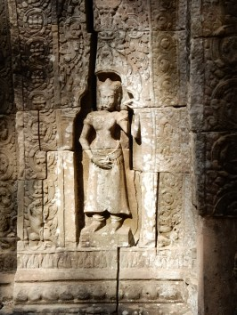 cambodia-siemreap-tasom-1