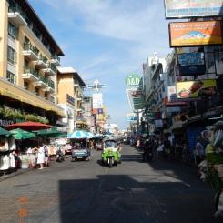 koh-san-road-bangkok-thailand-byday-5