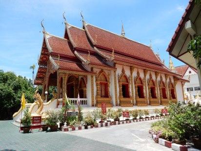 thailand-chiangmai-watdokeuang