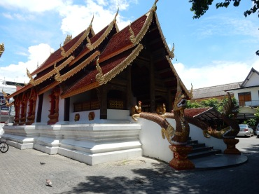 thailand-chiangmai-watsumpow-2