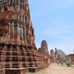 travel-guide-ayutthaya-thailand-wat-maha-that-3