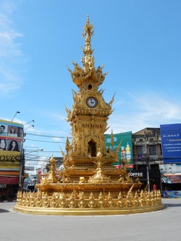 chiangrai-thailand-clocktower-2