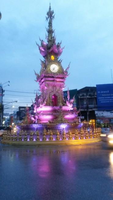 chiangrai-thailand-clocktower-3