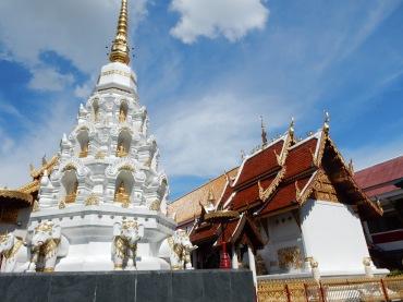 chiangrai-thailand-watklangwieng-2