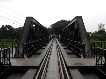 kanchanaburi-bridgeovertherivrkwai-1