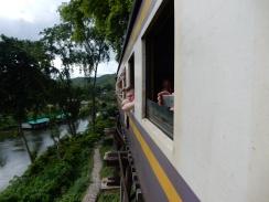 kanchanaburi-historicaltrain-3