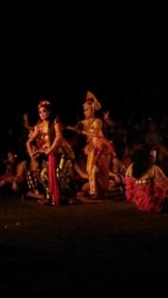 ubud-bali-kecakdanceshow (1)