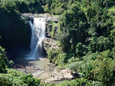 ubud-bali tegenungan waterfall 03 (2)