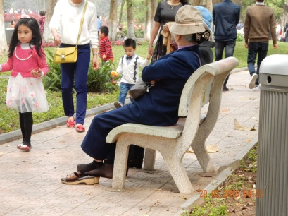 adayinthelife-backpackeredition -park