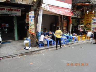 adayinthelife-backpackeredition -vietnamesebbq (1)
