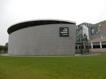 amsterdam-vangoghmuseum (1)