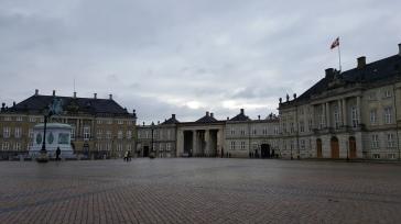 travelguide-copenhagen-amalienborg (2)