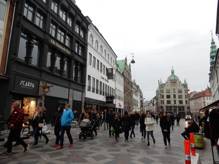travelguide-copenhagen-stroget (2)