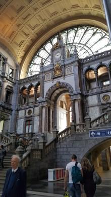 travelguide-antwerp,belgium-centraalstation (2)